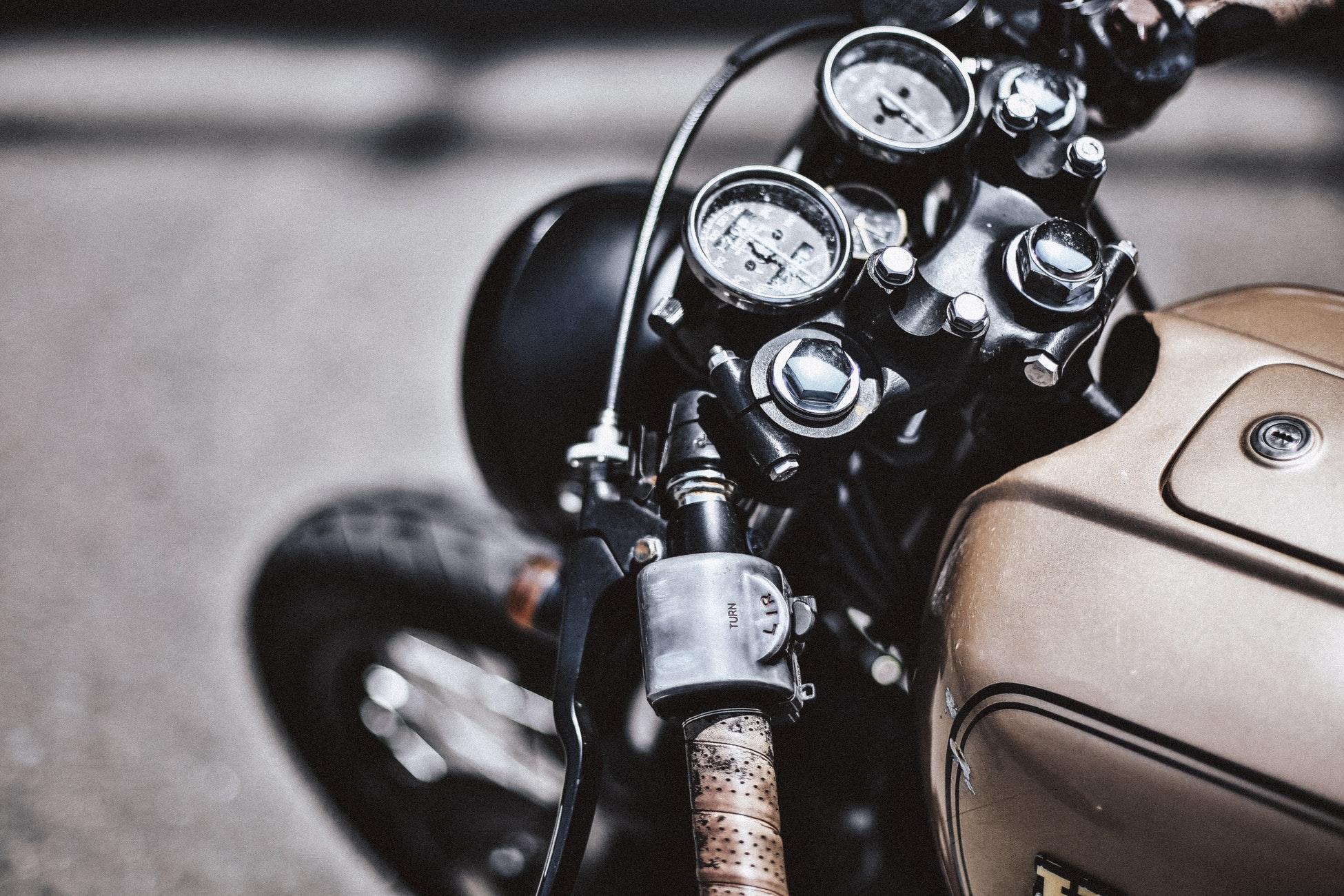 cover photo moto